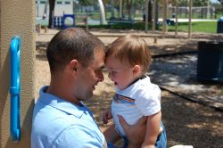 Relatia de atasament dintre tata si copil